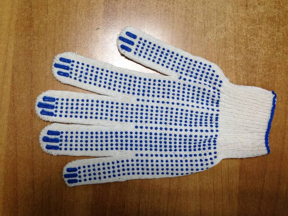 Перчатки 4-х нитка сПВХ (Точка)