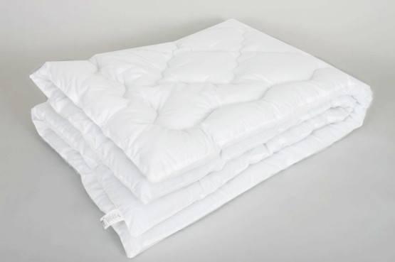 Одеяло холлофайбер 1,5сп оптом