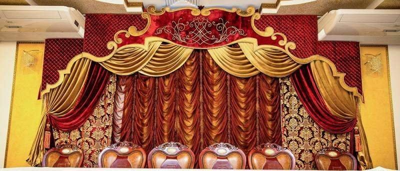 Пошив штор для сцен кинотеатров ,филармоний
